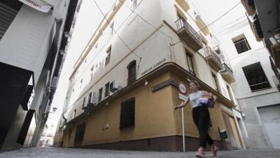 20160817103922-fachada-restaurante-reja-k4pb-620x349-abc.jpg