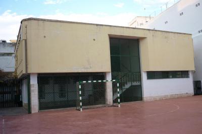 20101223230237-cafeteria.jpg